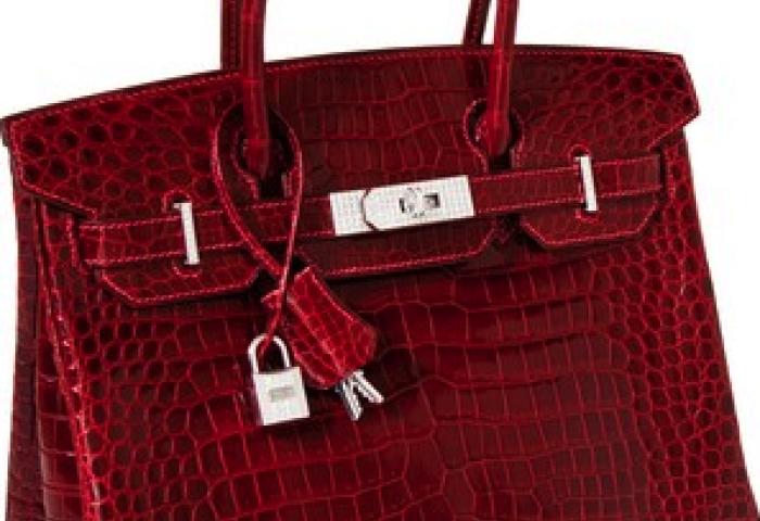 公开拍卖包的最高成交价纪录:爱马仕 Birkin