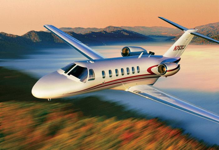 3000人民币包下一架私人飞机