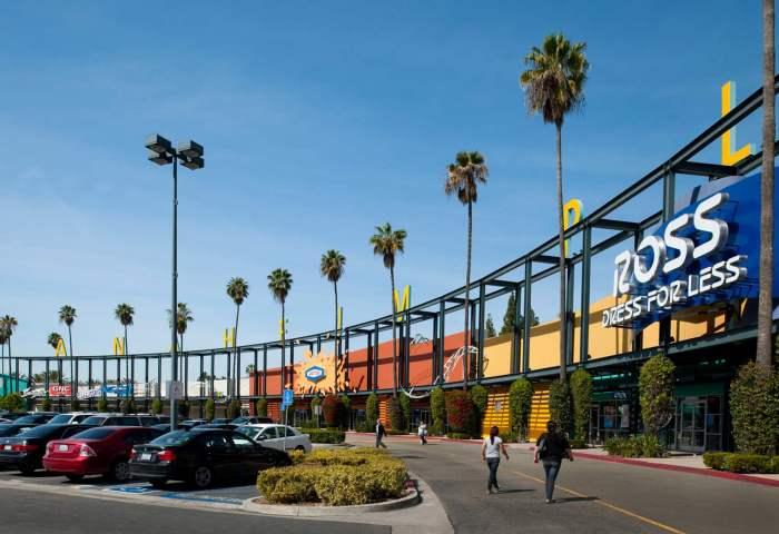 黑石集团大举出售旗下购物中心资产