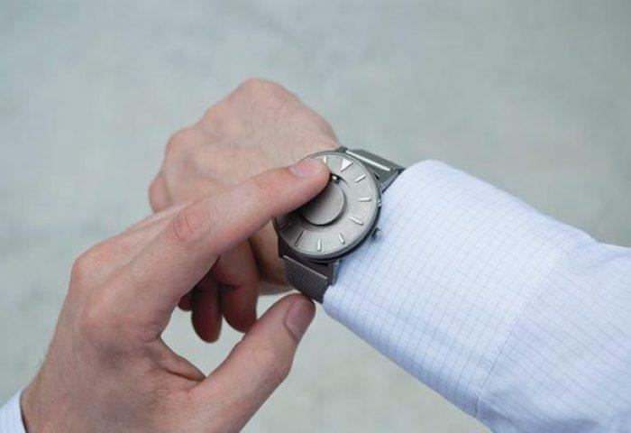 【InnoBrand 2017选手专访】重新定义时间的表达方式!Eone 触感手表让时间触手可及