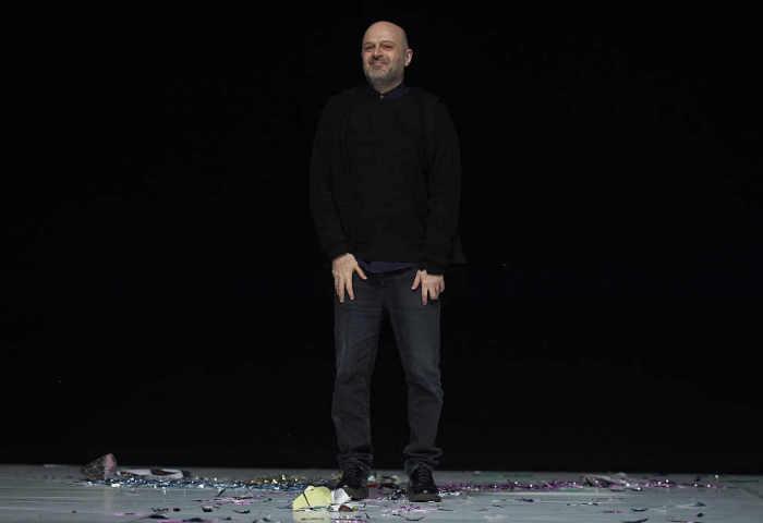 """《华丽志》专访""""时尚界毕加索"""" Hussein Chalayan:这一场中国首秀,也是一次市场调研之旅"""
