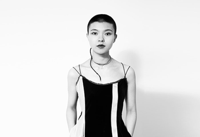 《华丽志》独家专访设计师陈安琪:Angel Chen 品牌是如何用四年时间实现高速成长的?