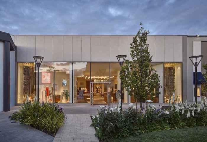 传统奢侈品走近全球科技心脏:爱马仕硅谷新店在斯坦福大学隔壁开张
