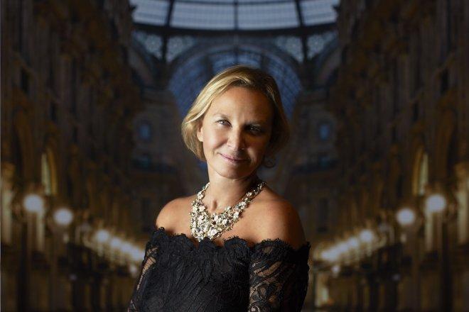 她把中国设计师带到米兰时装周!《华丽志》专访 Attila&Co创始人 Andreina Longhi