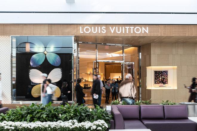苹果公司营收预警震动奢侈品股市,中国消费需求放缓引发投资人普遍担忧