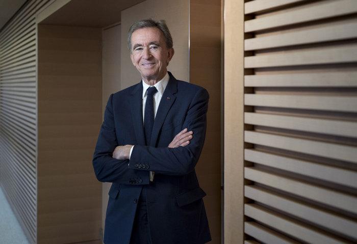 LVMH 集团称:不会降低投资力度,旗下大品牌4月在中国增速很快