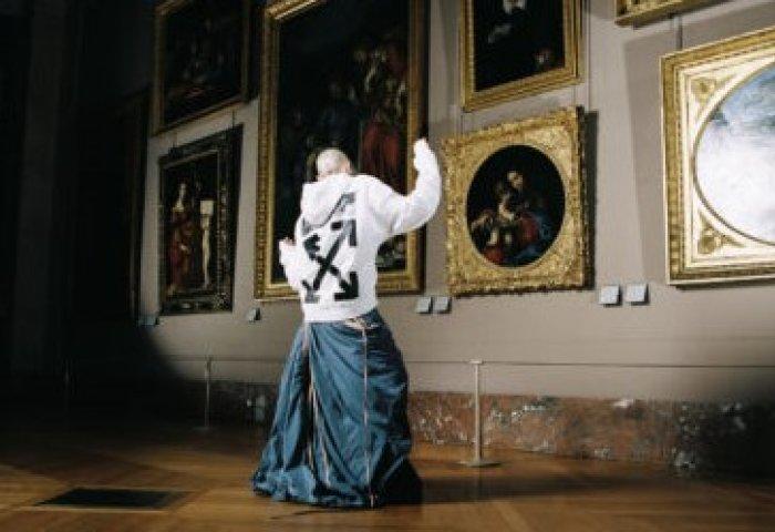 预热达芬奇500年纪念大展,卢浮宫联手当红潮牌Off-White创始人推出胶囊系列