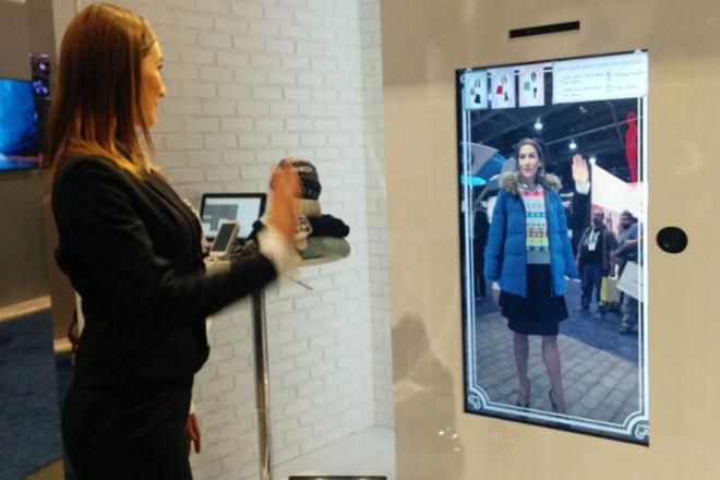 Adobe 推出人工智能试衣技术,连衣服的褶皱都能清楚呈现!