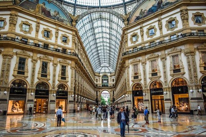 28位国际奢侈品高管认为:疫情对奢侈品销售的影响最高可达400亿欧元,中国市场长期依然向好