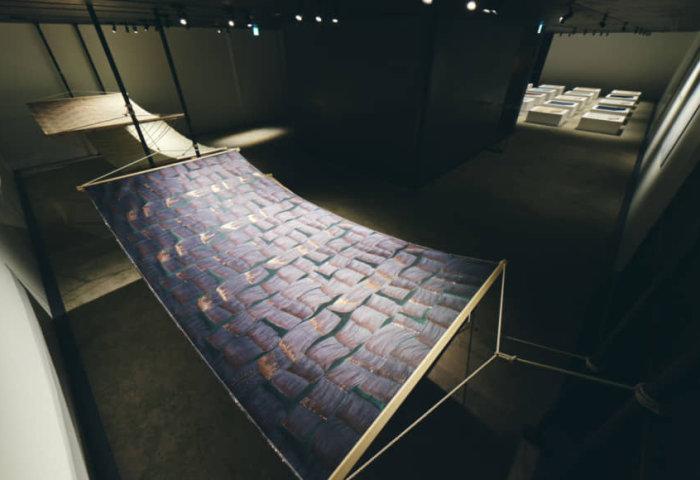 为 Chanel、Dior 定制面料的京都百年西阵织公司Hosoo 推出设计师合作作品展