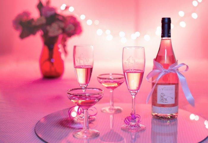 疫情波及法国香槟和葡萄酒市场,波尔多葡萄酒销量或继续下跌