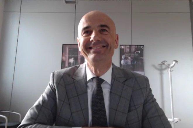 意大利家族毛纺厂维达莱第13代传人:我们的面料能激发创意的灵感|华丽云汇精彩实录(附视频)