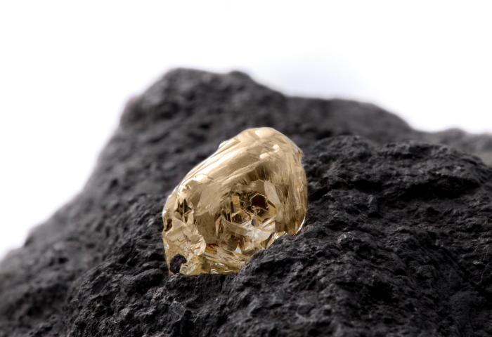 全球钻石原石库存淤积已达35亿美元,如何消化?